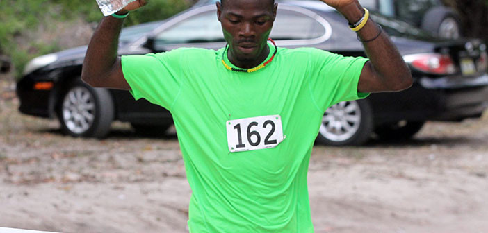 Farley, Kinkead win Ceres 10K race on Beef Island