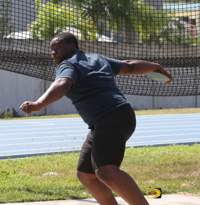 After fouling out of the Discus Throw, Djimon Gumbs broke his own Shot Put National Youth Record of 15.58m with an heave of 16.33m