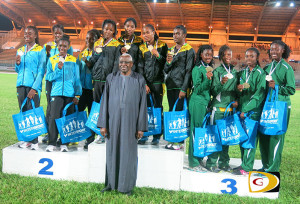 U18 Girls 4x100m Relay teams from the Bahamas, Jamaica and the BVI, with IAAF President Lamine Diack after collecting their medals