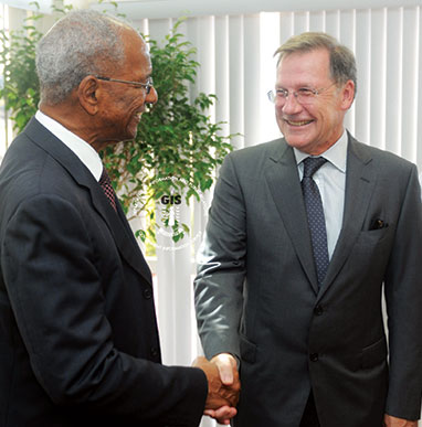 GOVERNOR-JOHN-DUNCAN-RECEIVES-WARM-WELCOME-TO-THE-VIRGIN-ISLANDS
