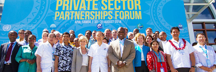UN Secretary General Ban Ki-Moon poses with High-Level speakers at UN Private Sector Forum.