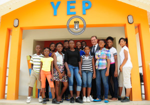 124_-_photo_1-3_governor_visits_children_at_youth_empowerment_project