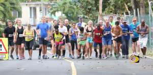 Runners taking off at the start of Saturday's Ceres Juices 10k Series race in Carrot Bay