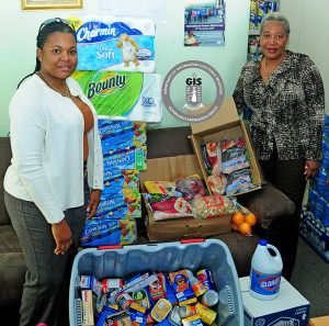 MARCH2016-bvi_post_donates_foods_to_family_support_network